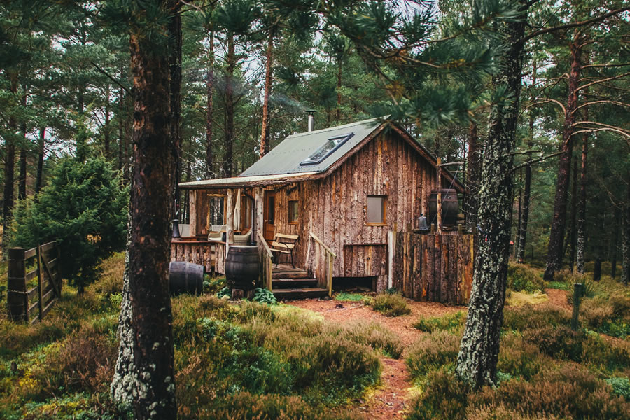 The Woodmans Hut, eco hut, Nethy bridge, near Aviemore, Cairngorm National Park, Scotland