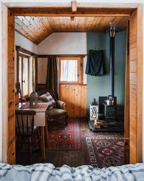 The Woodmans Hut, Cairngorms National Park, Log Cabin